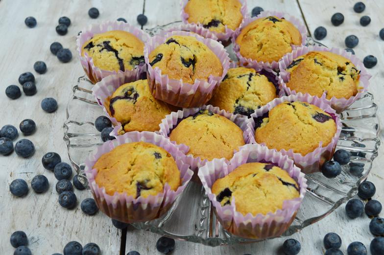 Muffins van havermout met blauwe bessen