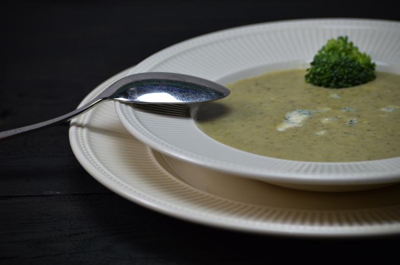 Broccolisoep met blauwe kaas