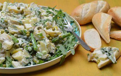 Aardappelsalade met groene groenten