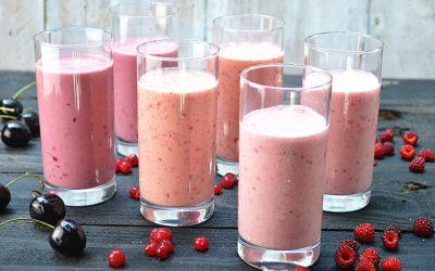 Zomerse smoothies met yoghurt
