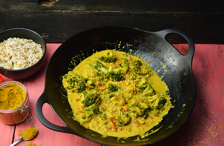 Vegan curry met broccoli