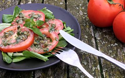 Vegan carpaccio van tomaat